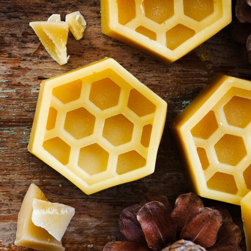 μελισσοκερι